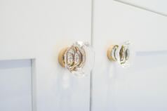 Kitchen Cabinet Hardware - Knobs