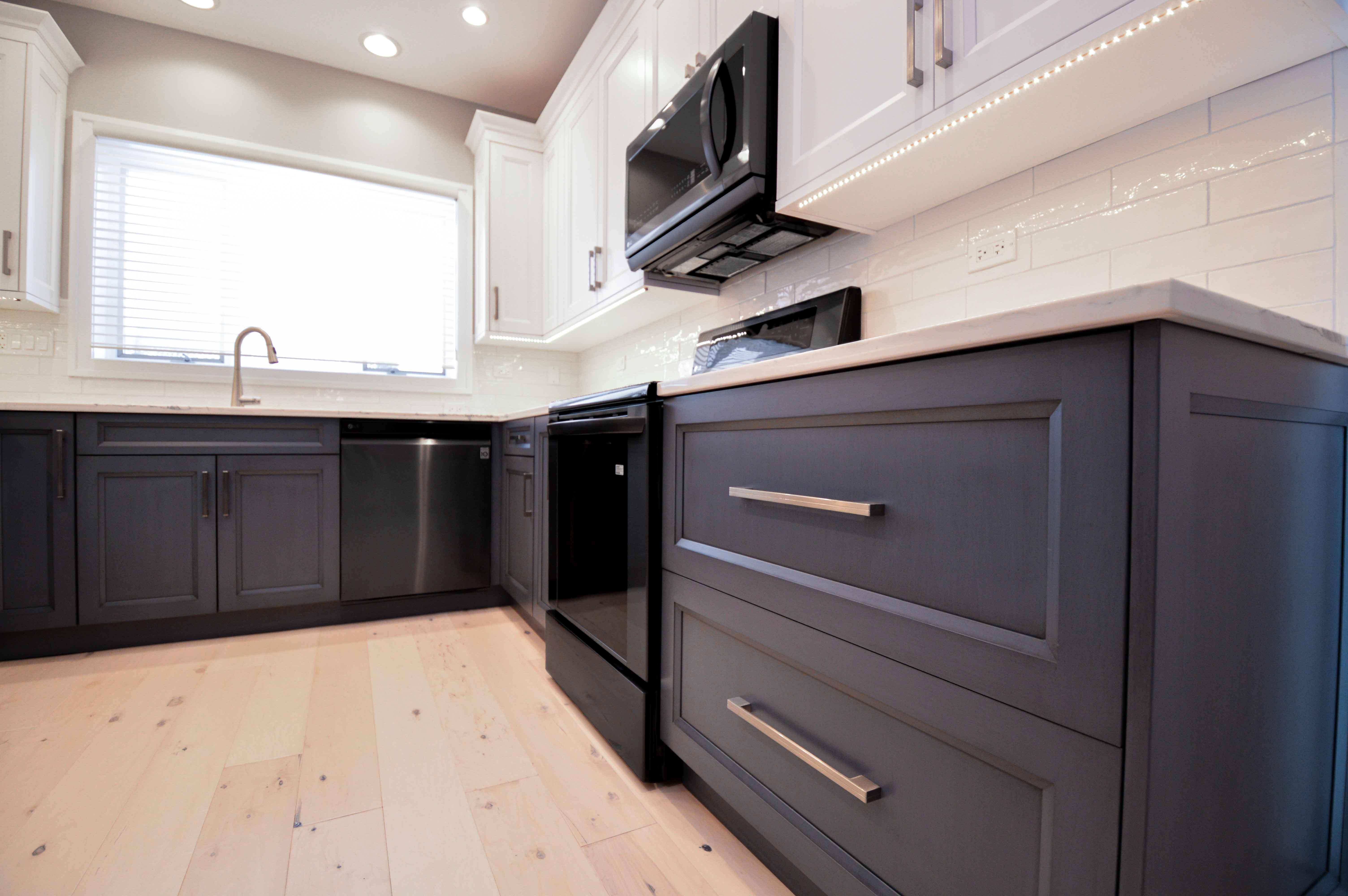 Dark Cabinet Kitchen Design